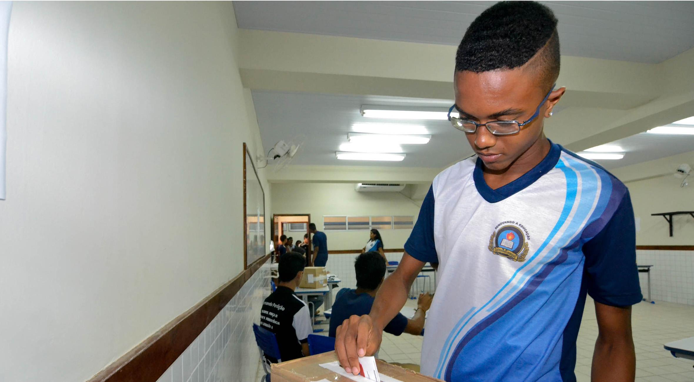 Fotos_01_Karlos Geromy_26_04_2016_Eleição do Colegiado_C.E Fernando Perdigão_RODRIGO AMORIM (1)