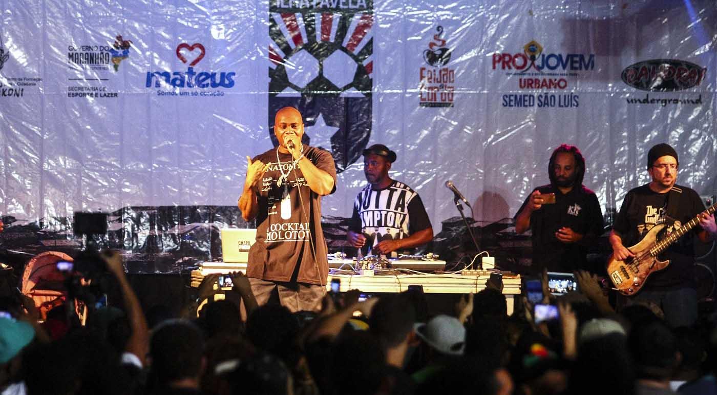 Show de MV Bill, co-fundador da Central Única das Favelas, marcou o encerramento da Taça Ilha Favela. Foto: Gilson Teixeira/Secap